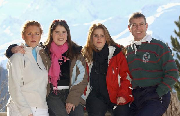 Сара и Эндрю с дочками