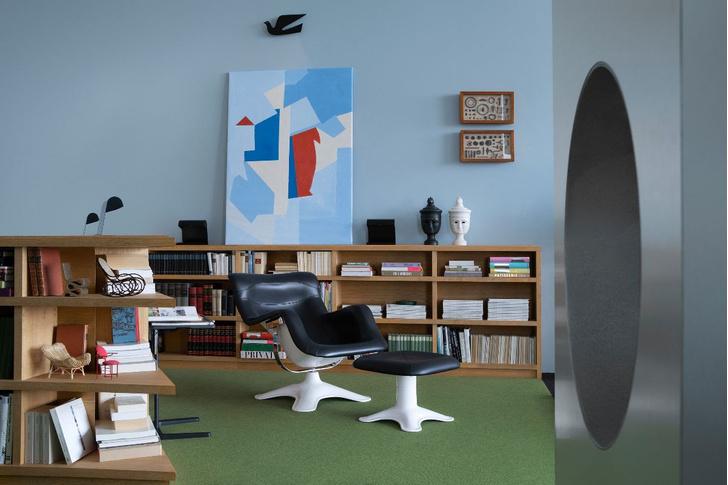 Фото №4 - Новая экспозиция в лофте VitraHaus от студии Charlap Hyman & Herrero
