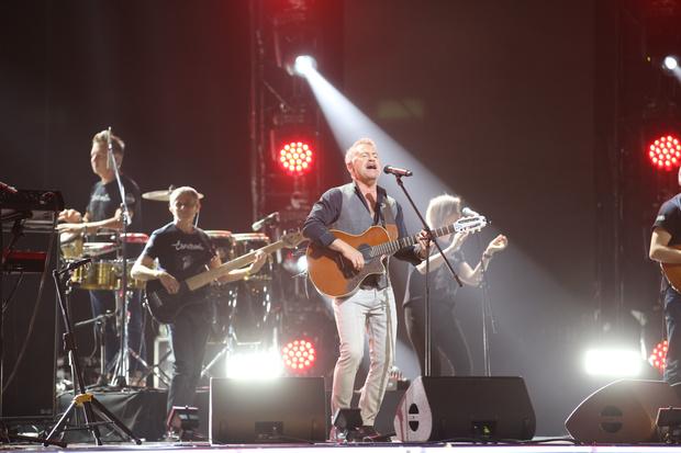 Фото №4 - Топурия, Меладзе, Билан и другие споют в телеверсии фестиваля «Белые ночи Санкт-Петербурга»
