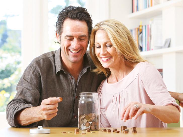 Фото №9 - Семейный бюджет: нужно ли делиться деньгами