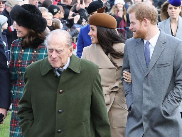 Фото №3 - Заветы Короны: какой совет принц Филипп дал Меган и Гарри (но они его проигнорировали)