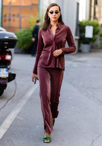 Фото №5 - Как одевается самая модная российская топ-модель: 6 правил стиля Ирины Шейк