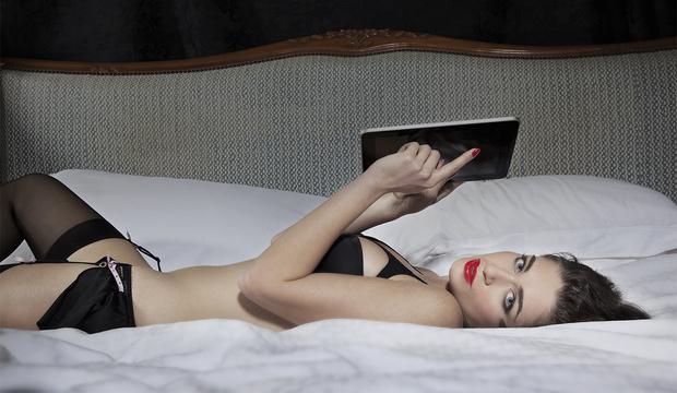 Фото №2 - Виртуальный секс: правила и советы от профессионалки