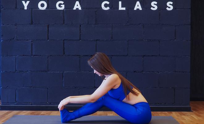 Фото №7 - Йога для ленивых: красивое тело, не выходя из спальни