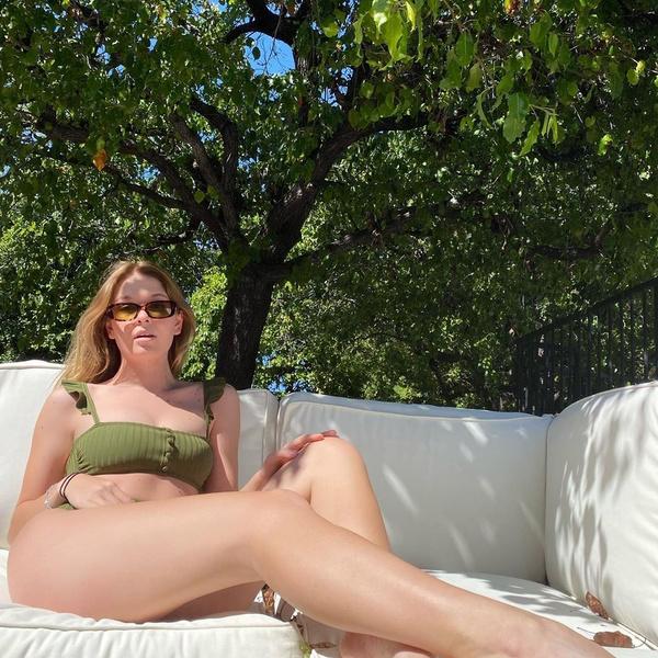 Фото №2 - 19-летняя Соня Киперман взрывает Сеть соблазнительным фото в купальнике