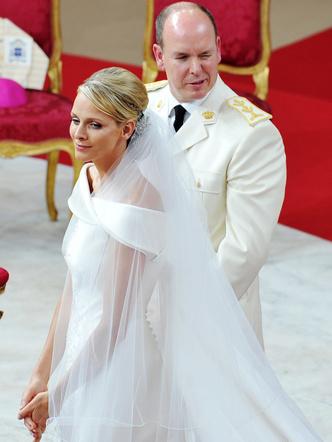 Фото №13 - Брачный конфуз: 7 неприятностей, случившихся на королевских свадьбах