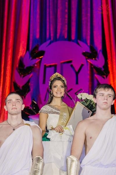 Фото №2 - «Мисс ПГУ – 2015»: 11 красавиц и только одна корона!