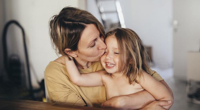 Не идеальная, а счастливая — что важно понять о материнстве