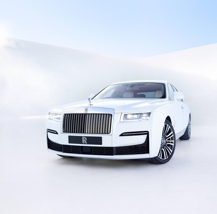 Фото №1 - Rolls-Royce Ghost— лучшее в мире привидение с мотором. И полным приводом