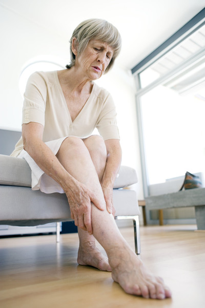 как снять отеки ног в домашних условиях