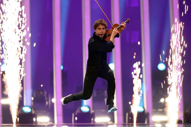 Фото №3 - Зависимость и проблемы с психикой: как живет победитель «Евровидения» Александр Рыбак