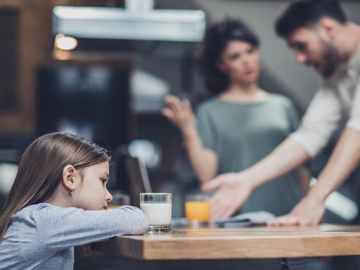 Фото №1 - 10 неочевидных признаков токсичных родителей (возможно, это вы)