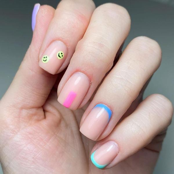 Фото №11 - С каким цветом ногти кажутся длиннее: 10 самых модных маникюров