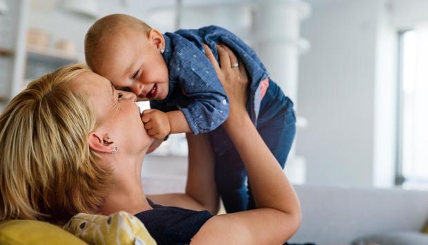 Фото №1 - Любовь спасет мир: метод детской психотерапии, доступный каждой маме