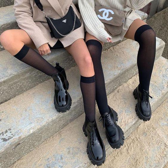 Фото №1 - Заставляют носить школьную форму? Смотри, как все равно выглядеть модной каждый день
