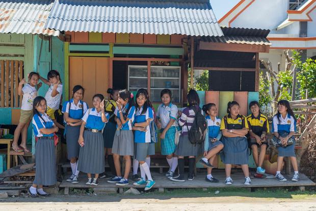 Фото №6 - От шорт до халата: как выглядит школьная форма в разных странах