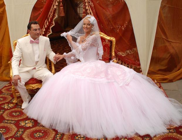 Фото №1 - Волочкова заявила, что готовится к свадьбе