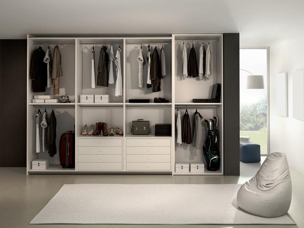 Фото №3 - Идеальная гардеробная: как обустроить комнату мечты