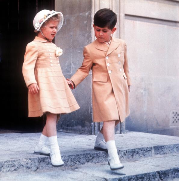 Фото №6 - Старший брат: самые трогательные фото принца Чарльза с принцессой Анной