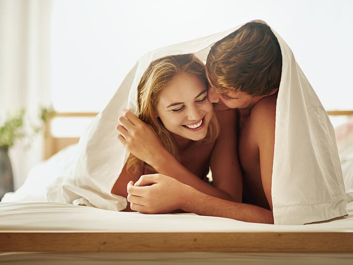 Фото №1 - «Секс спасет брак» и еще 7 вредных мифов об интимной жизни после свадьбы