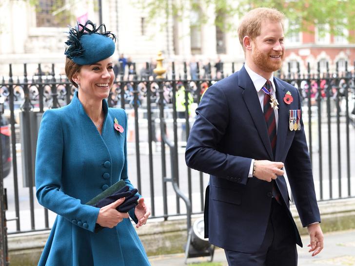 Фото №1 - Последняя радость: как Кейт лишила Гарри его любимых королевских ролей
