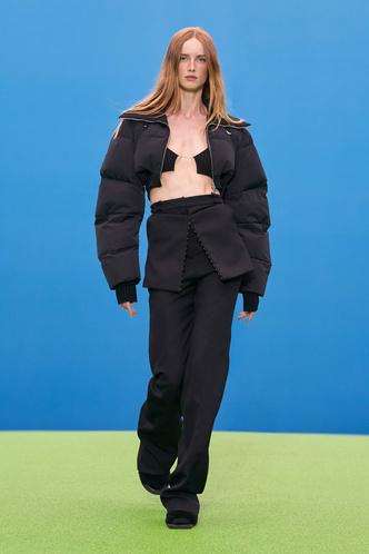 Фото №39 - Полный гид по самой модной верхней одежде на осень и зиму 2021/22