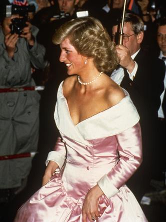 Фото №15 - Подражая Диане: 10 раз, когда Меган копировала стиль принцессы Уэльской