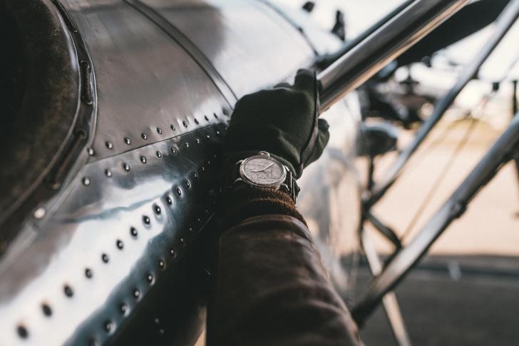 Фото №2 - Серебряный хронограф Zenith, вдохновленный авиацией