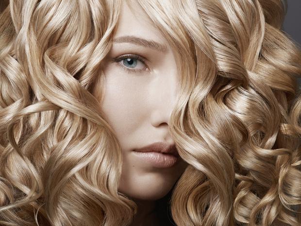 Фото №2 - Теплый или холодный: как подобрать правильный оттенок блонда (и не прогадать)