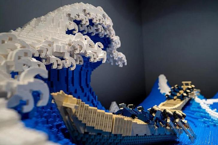 Фото №2 - «Большая волна в Канагаве» из деталей LEGO