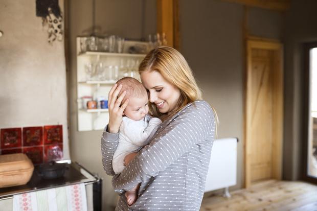 Фото №1 - Как материнство меняет лицо женщины: 30 фото до и после