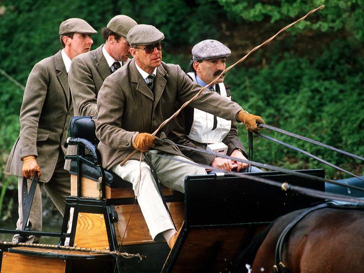 Фото №2 - Особая связь: какое увлечение сблизило принца Филиппа и принца Луи