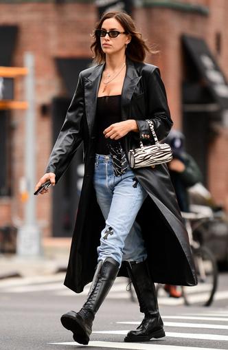 Фото №9 - Как одевается самая модная российская топ-модель: 6 правил стиля Ирины Шейк