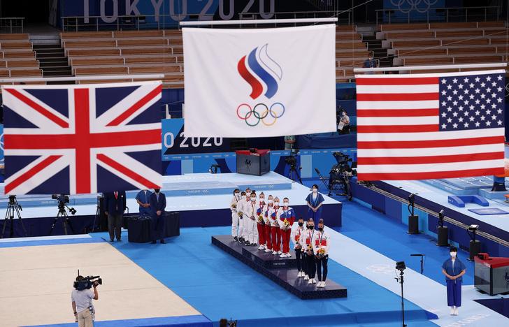 Фото №2 - «Девчонки, ваши слезы— вот золото!»: в Сети восхищены разгромной победой сборной по спортивной гимнастике в Токио