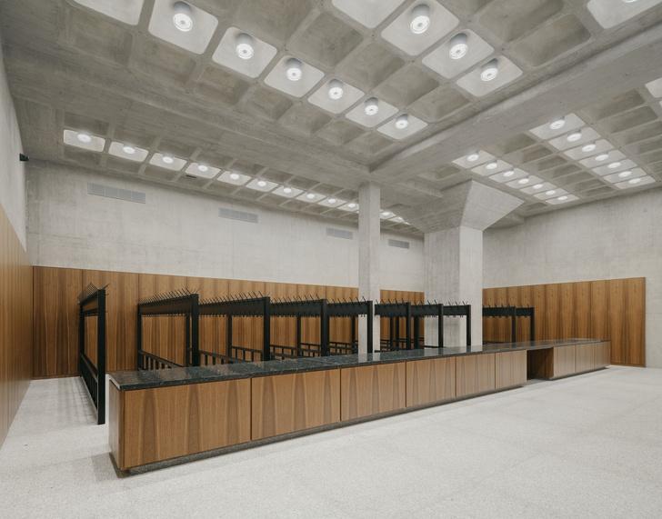 Фото №9 - Последнее здание Людвига Миса ван дер Роэ открылось после реконструкции