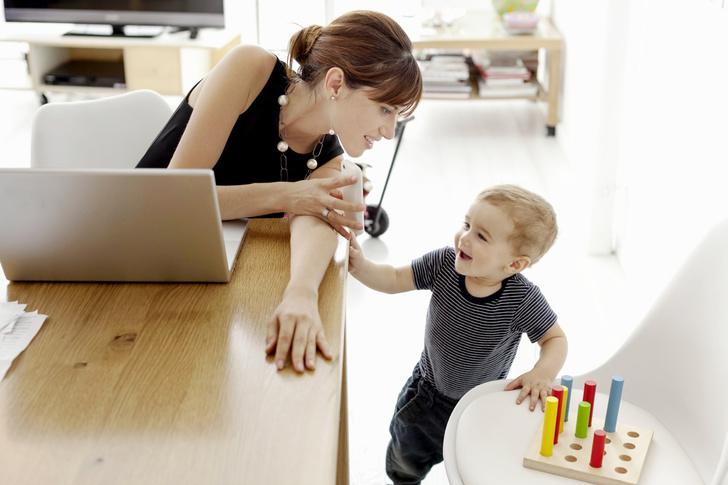 Фото №1 - «Рабочая» мама: как справиться с чувством вины