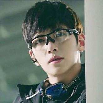 Фото №8 - Sexy Oppa: Все самое интересное о красавчике Чжи Чан Уке 🥰