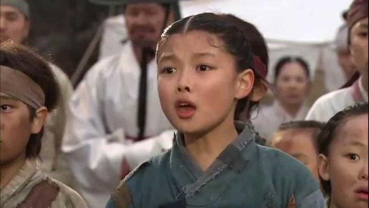 Фото №4 - Pretty Unnie: Личная жизнь, дорамы и интересные факты о Ким Ю Чжон