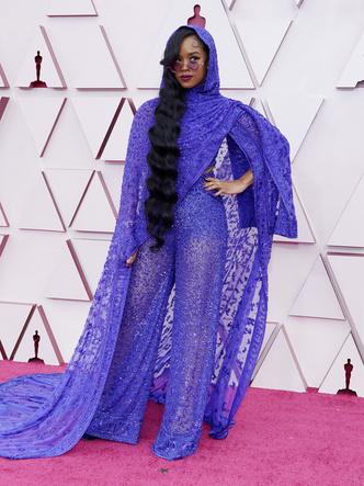 Фото №16 - «Оскар-2021»: лучшие образы церемонии награждения