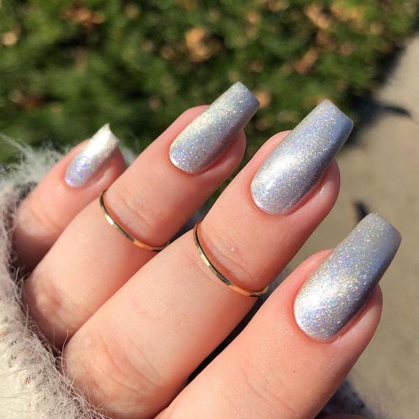 Фото №4 - Velvet nails: идеальный сияющий маникюр на лето