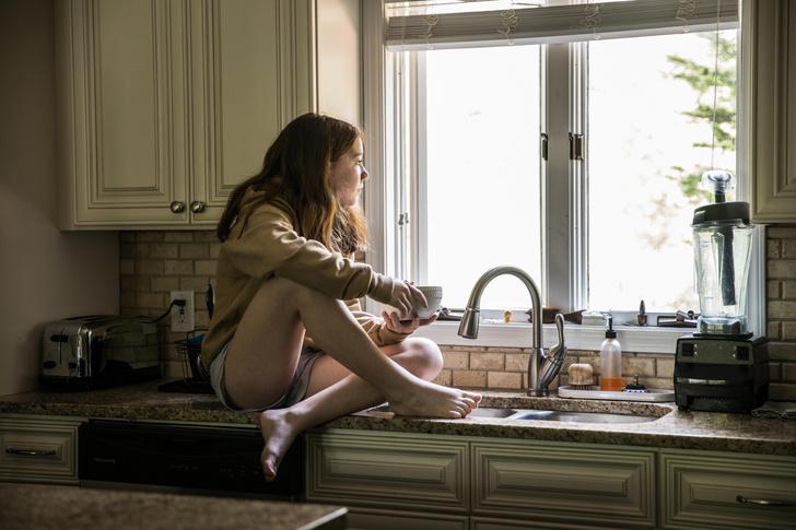 Фото №2 - «Лучше быть одной, чем несчастной с кем-то»: эти знаки зодиака любят одиночество