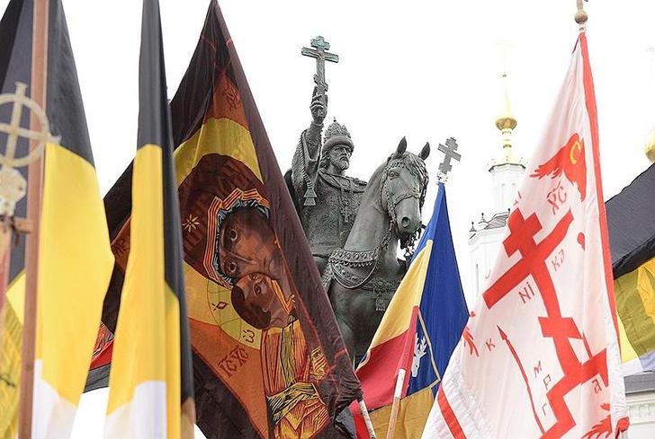 Фото №2 - Пять скандальных российских памятников и что с ними в итоге стало