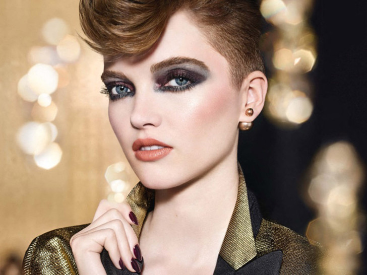 Фото №2 - Зимняя сказка: Dior представляет праздничную коллекцию макияжа Golden Nights