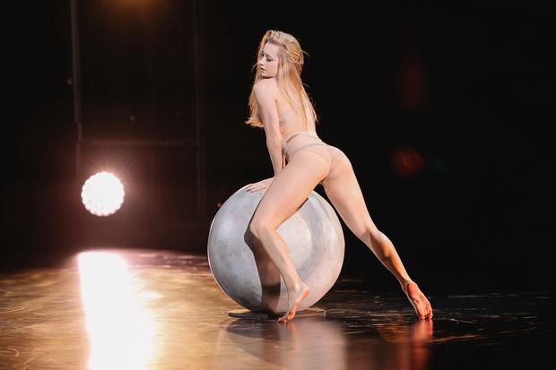 Фото №1 - Почему шоу «Танцы» ни разу не выигрывала девушка и кто был ближе всех к победе