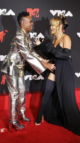 Фото №6 - Премия MTV VMA 2021: лучшие, худшие и самые яркие образы церемонии