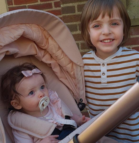 Фото №2 - Ребенок из интернета: британка родила дочь с помощью набора для искусственного оплодотворения
