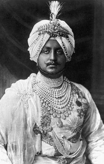 Фото №5 - Сокровища индийских князей: как выглядят самые роскошные украшения махараджей