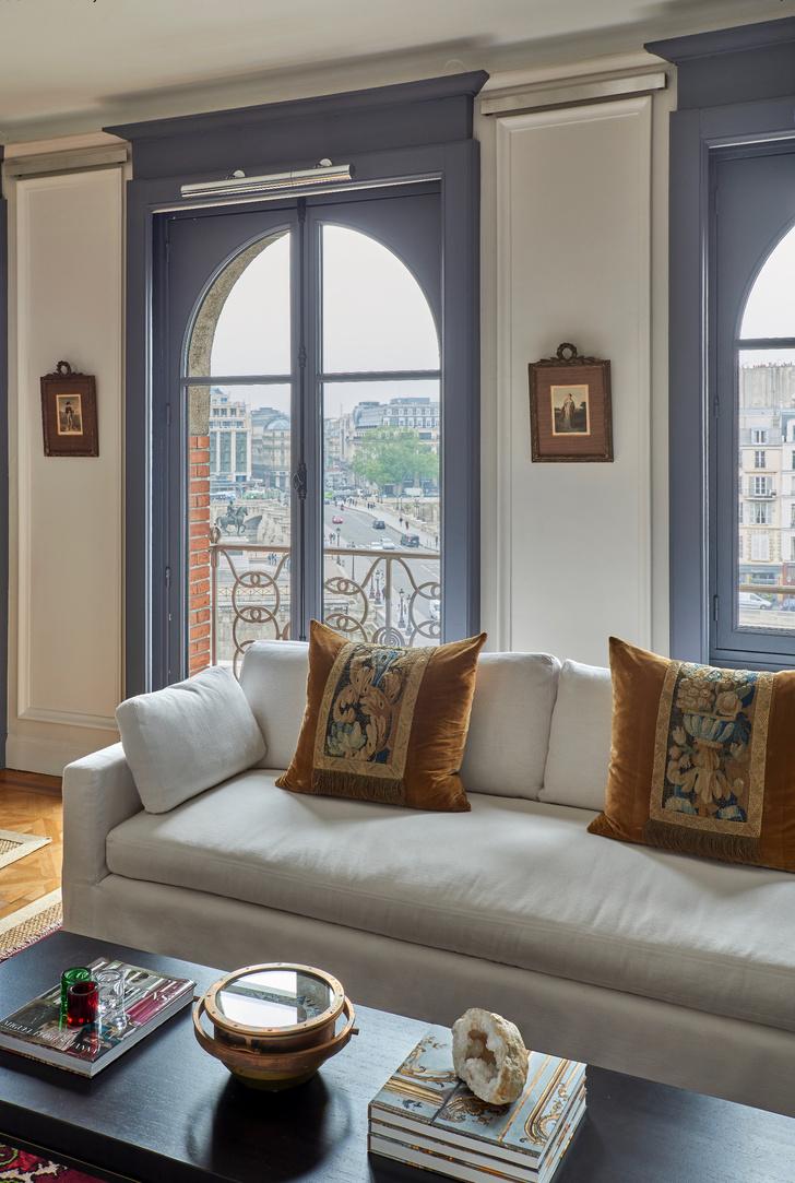 Фото №2 - Парижская квартира с видом на Лувр