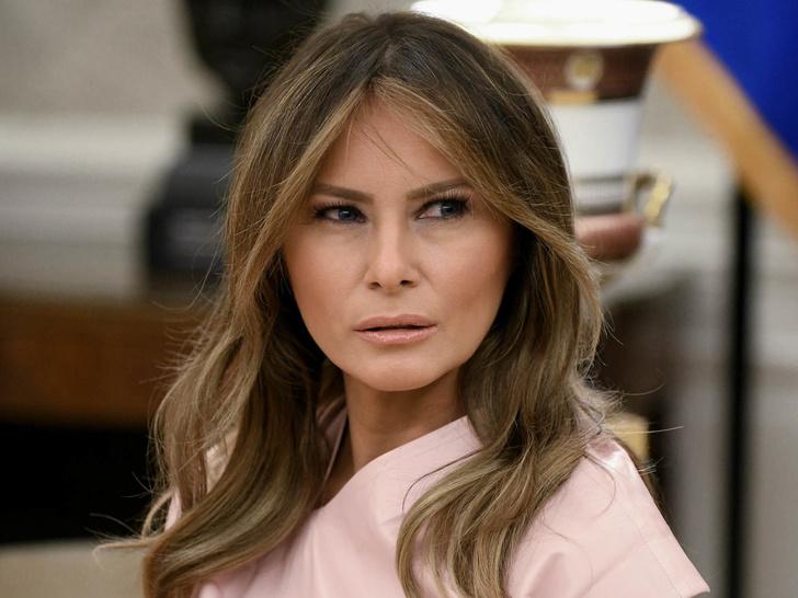 Фото №1 - Почему Мелания Трамп ни разу не появилась на обложке глянца в роли Первой леди