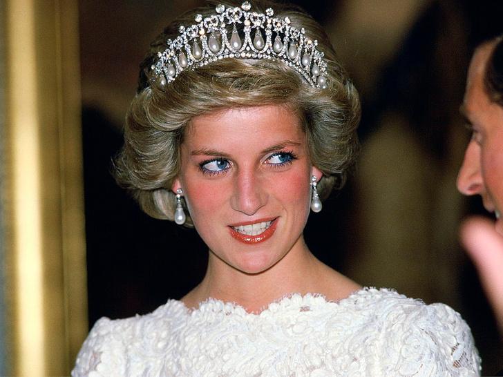 Фото №10 - Еще 20 любопытных правил королевского этикета, о которых вы могли не знать